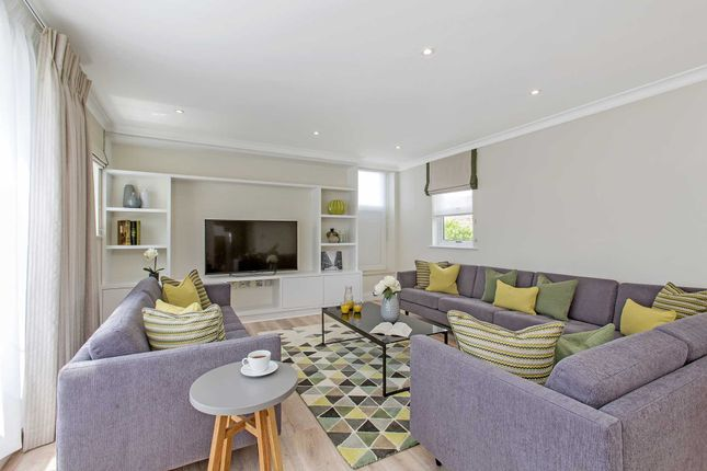 Thumbnail Flat to rent in Chesham Court, Belgravia