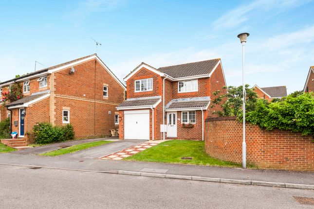 Thumbnail Detached house to rent in Walsh Avenue, Warfield