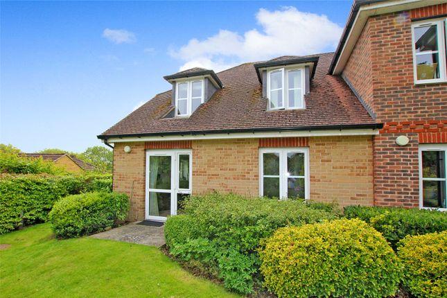 1 bed flat for sale in Buckingham Road, Brackley, Northamptonshire NN13