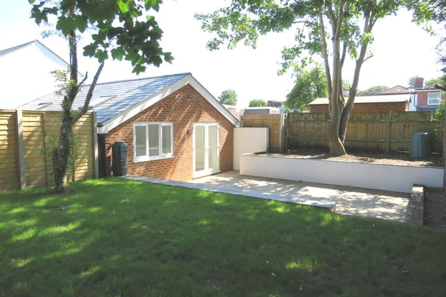 Thumbnail Bungalow for sale in High Street, West End, Southampton