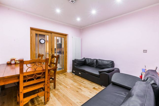Thumbnail Property to rent in Eastern Avenue, Aldborough
