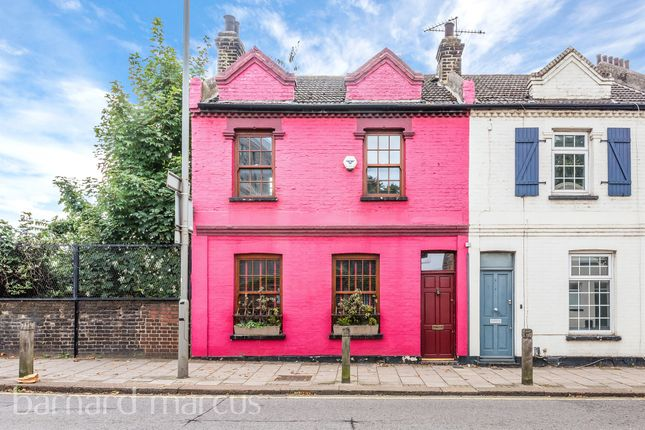 3 bed end terrace house for sale in Strath Terrace, London SW11
