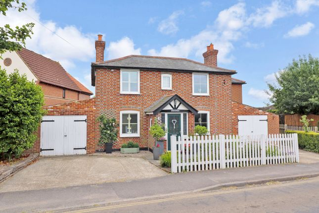 Thumbnail Cottage for sale in Knowle Lane, Horton Heath, Eastleigh