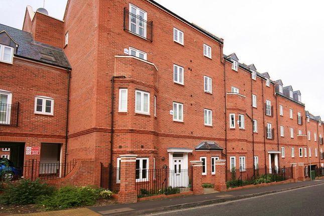 1 bed flat to rent in Cherwell Court, Britannia Road, Banbury, Oxon OX16