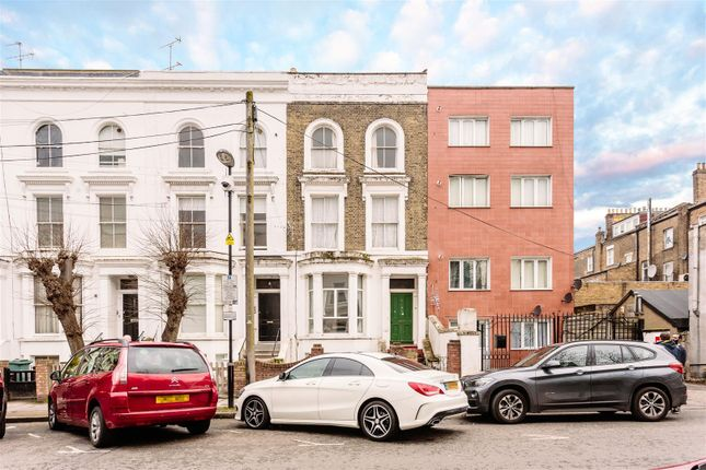 Thumbnail Terraced house for sale in Yonge Park, London
