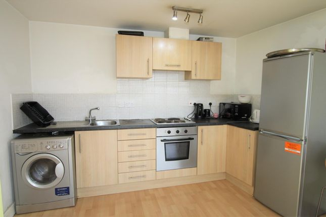 Kitchen of Moss Lane East, Manchester M14