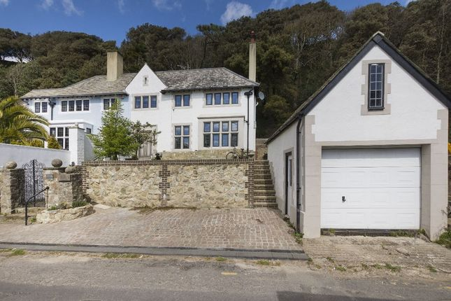 Thumbnail Semi-detached house for sale in Radnor Cliff, Folkestone