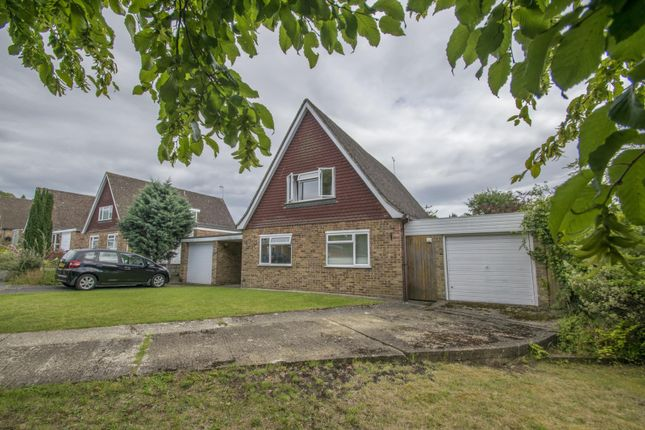 4 bed detached house to rent in Meadow Close, Goring, Reading