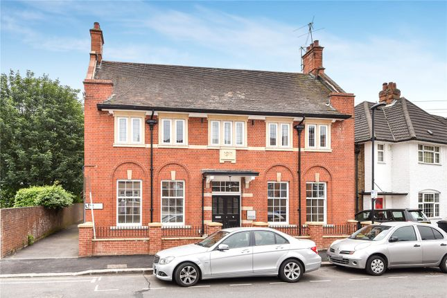 Thumbnail Flat for sale in Queens Avenue, Winchmore Hill, London