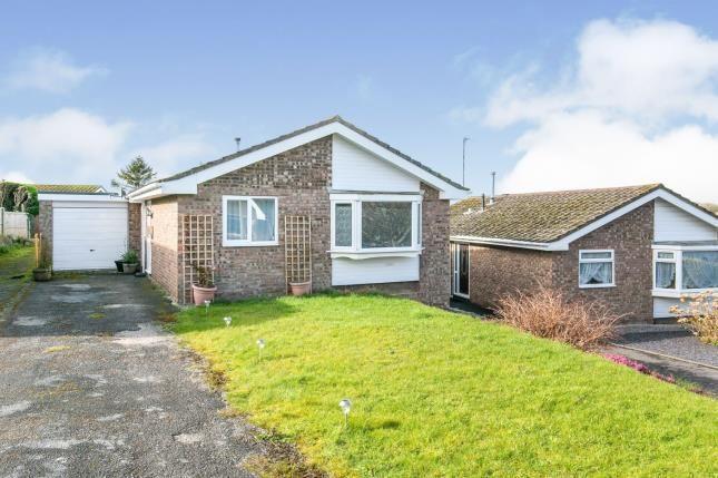 Thumbnail Bungalow for sale in Ffordd Uchaf, Upper Colwyn Bay, Colwyn Bay, Conwy