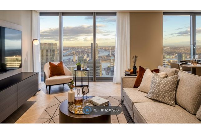 Thumbnail Flat to rent in Canary Wharf, London