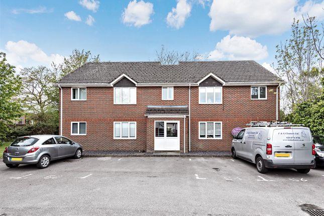 1 bed flat for sale in Kings Road, Petersfield GU32