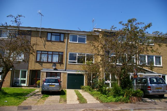Thumbnail Town house to rent in Bridgefield Close, Colchester