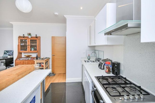 Thumbnail Flat to rent in Peacock House, 103C Station Road, West Wickham