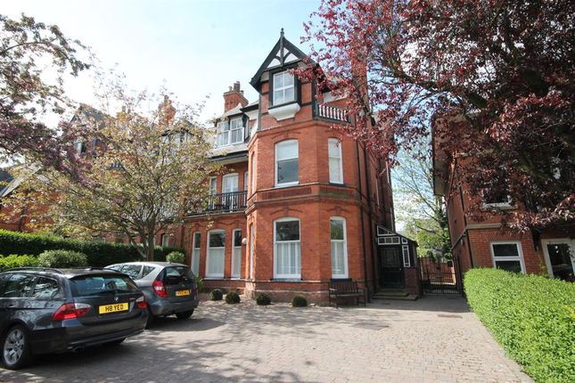 Thumbnail Flat for sale in St. Peters Grove, York