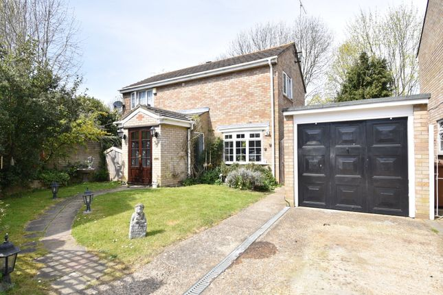 Thumbnail Detached house for sale in Angotts Mead, Stevenage