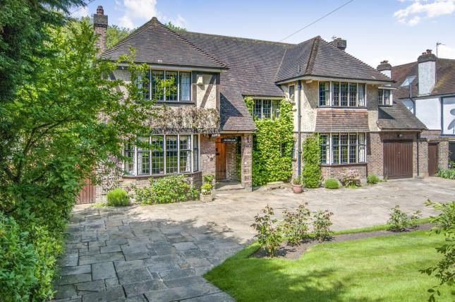 Thumbnail Detached house for sale in Stanhope Road, Croydon