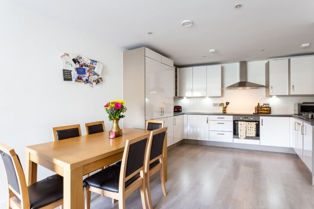 Flat for sale in Ronann Apartments, 26 Orsman Road, London