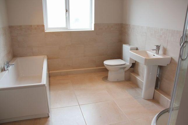 Bathroom of Gwel Y Mor Vista Del Mar, Valley, Holyhead LL65