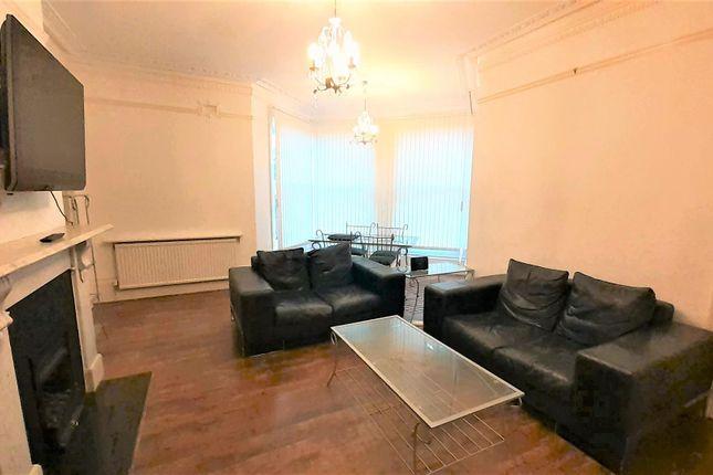 1 Waldrist Flat1 - Lounge Photo1
