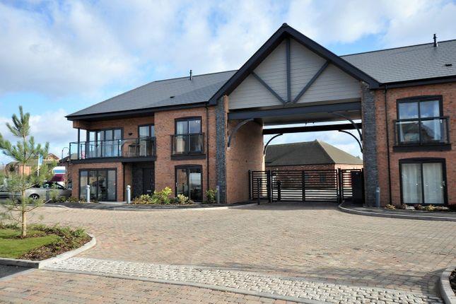 Thumbnail Flat for sale in Barton Marina, Barton Under Needwood, Burton-On-Trent