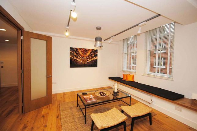 Thumbnail Flat to rent in Great Titchfield Street, London