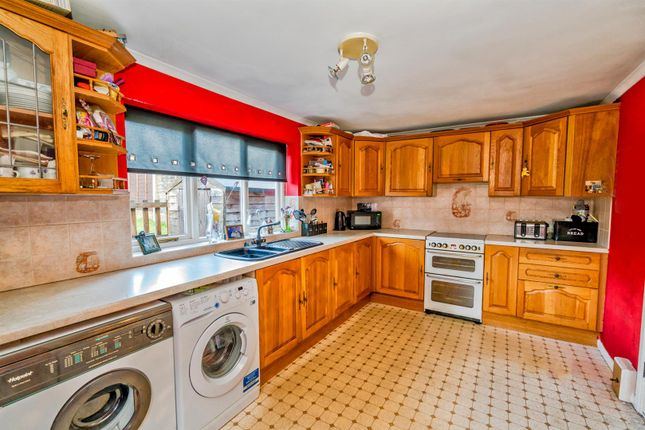 25, Valley Road, Walsall, Ws3 3EU (7 Of 21)