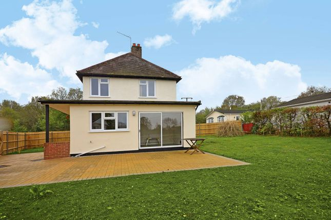 Thumbnail Detached house to rent in Pound Lane, Wood Street Village, Guildford