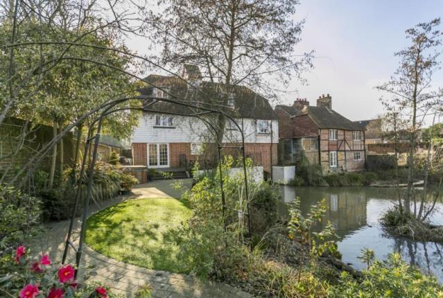 Thumbnail Detached house for sale in Mill Lane, Tonbridge, Kent
