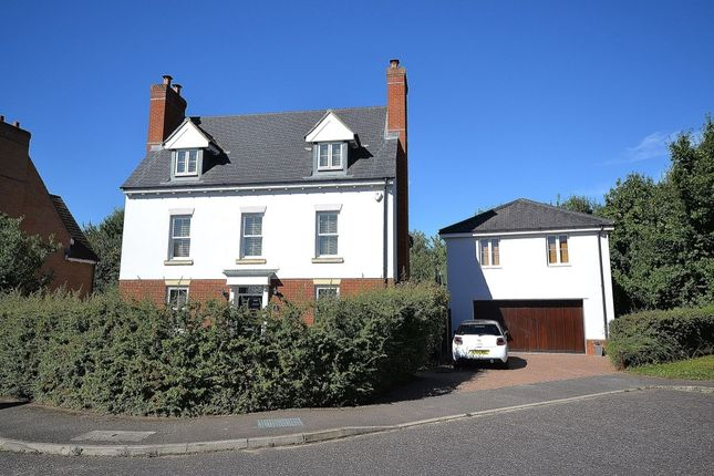 Thumbnail Detached house for sale in Perry Road, Flitch Green, Dunmow