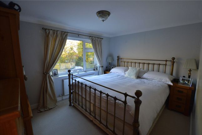 Queens Close Stansted Cm24 3 Bedroom Terraced House For Sale 45527702 Primelocation