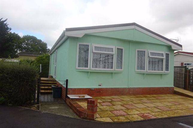Thumbnail Mobile/park home for sale in Harthurstfield Park, Cheltenham, Glos