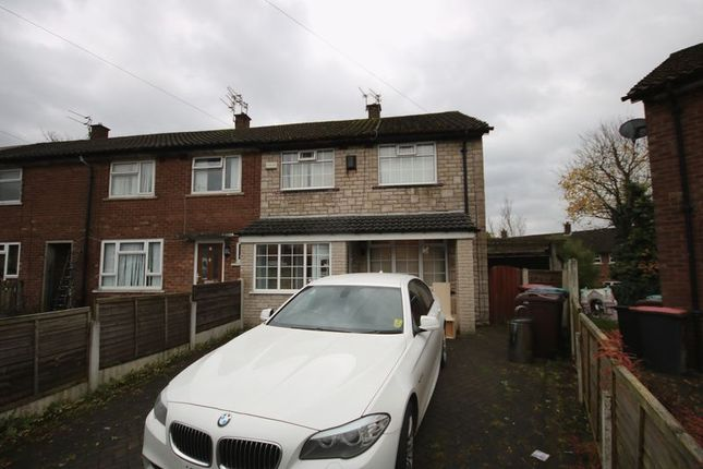 3 bed property to rent in Fairhurst Drive, Walkden, Manchester