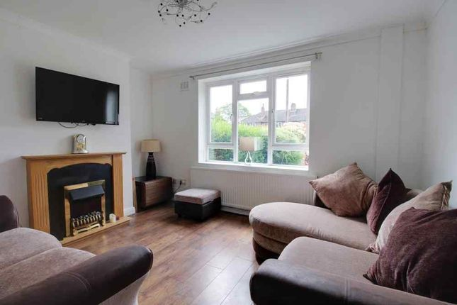 Living Room of Lindfield Estate North, Wilmslow SK9