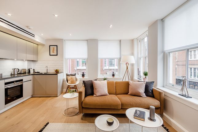 Thumbnail Flat to rent in Floral Street, London