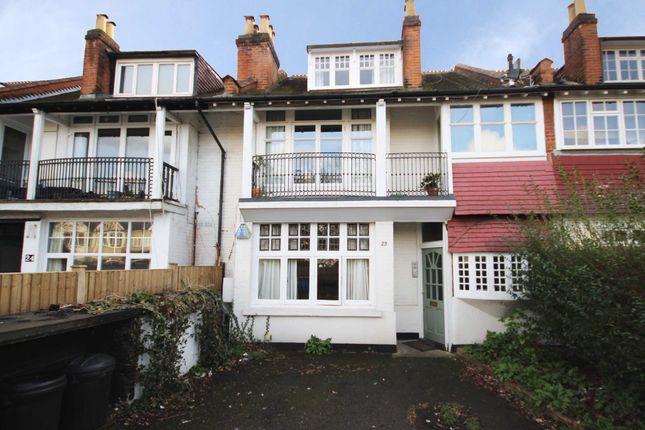 Thumbnail Flat to rent in Elmers Drive, Teddington