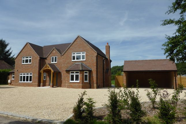 Thumbnail Detached house for sale in Tinkers Lane, Wigginton, Tring