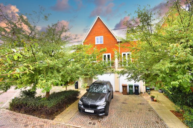 Thumbnail Property to rent in Powell Gardens, Redhill