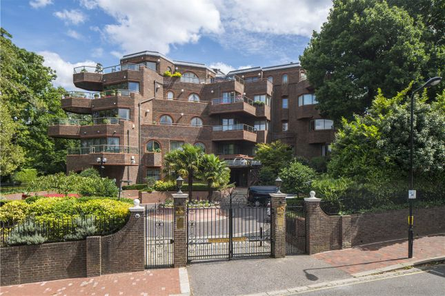 Thumbnail Flat for sale in Heath Park Gardens, Templewood Avenue, Hampstead