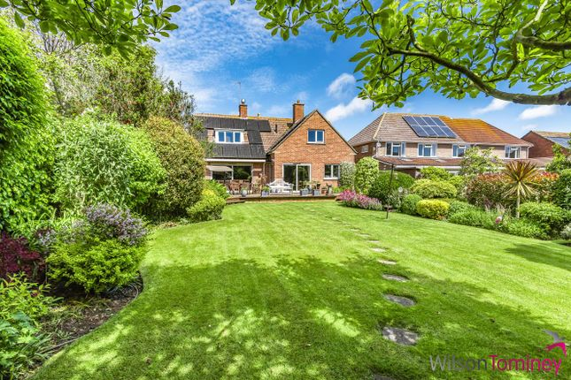 Thumbnail Detached house for sale in Stunning Garden, Close To Harbour, Longfield Road, Weymouth