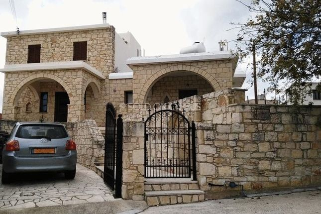 Villa for sale in Simou, Paphos, Cyprus