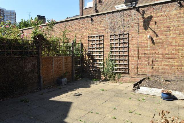 Dsc_0317 (2) of Roan Street, London SE10