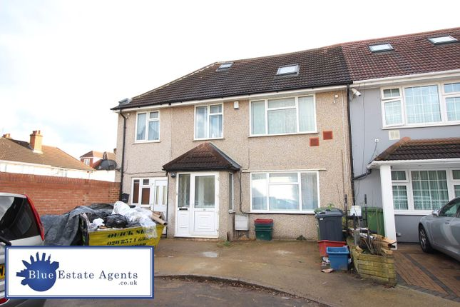 Thumbnail Semi-detached house for sale in Queens Gardens, Hounslow