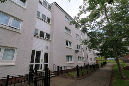 Thumbnail Flat to rent in Sunnyside Place, Barrhead, Glasgow