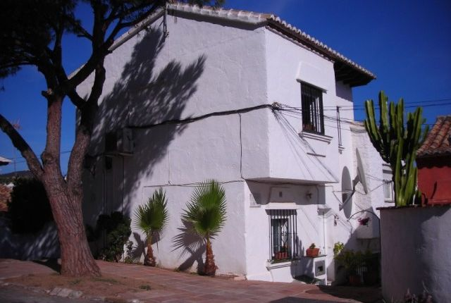 3 bed town house for sale in Spain, Málaga, Marbella, Carib Playa