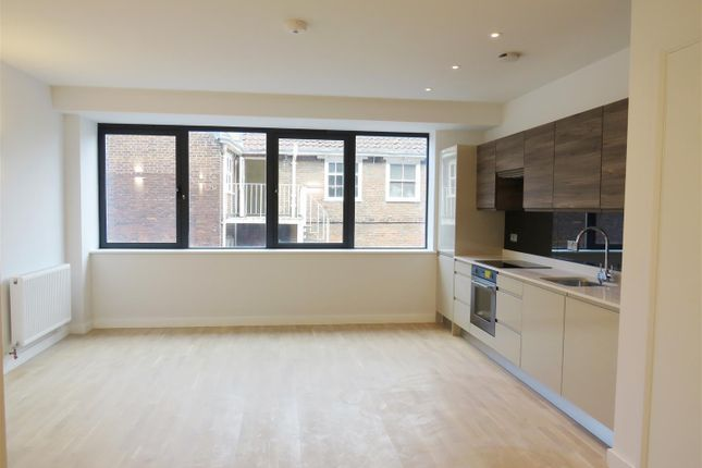 2 bed flat to rent in Upper King Street, Norwich