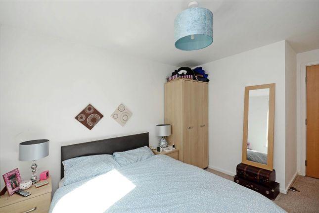 Bedroom 1 (3) of Daisy Spring Works, Kelham Island, Sheffield S3