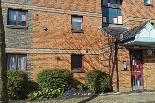 1 bed flat to rent in Marina, Maritime Quarter, Swansea SA1