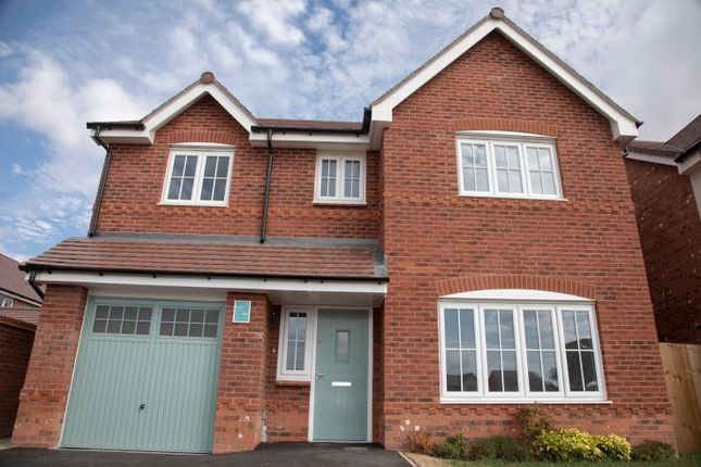 Thumbnail Detached house for sale in Middlewich Road, Sandbach