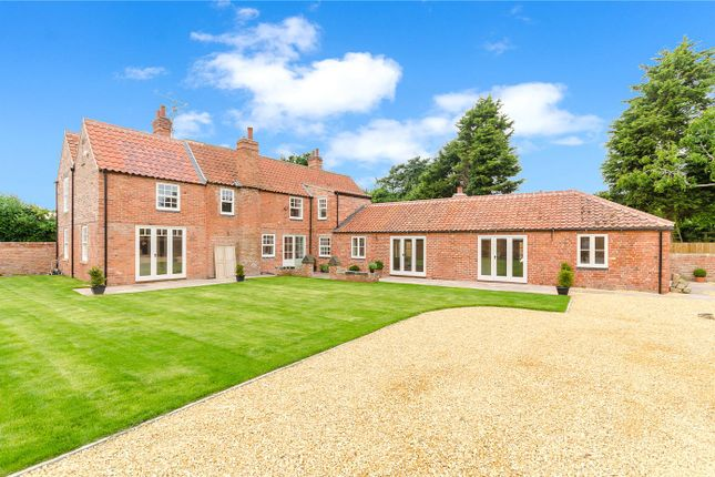 Thumbnail Detached house for sale in High Street, South Clifton, Newark